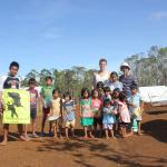 02/2014: Hernani-Cacatmonan: School-supplies mit Kyle und Patrick