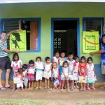 02/2014: Hernani, Gawad-Kalinga: Village Sibol-Kids_Schoolsupplies mit Joseph und Patrick.